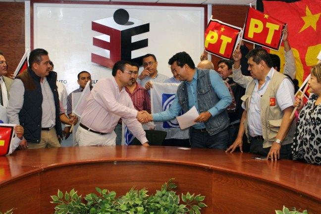 24 febrero Firma PAN- PRD- PT coalición parcial para presidencias municipales-2