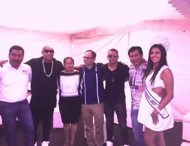 ALEX DELGADO Y RANDY MALCOM DE GENTE DE ZONA CON AUTORIDADES E INVITADOS ESPECIALES EN PUERTO ESCONDIDO